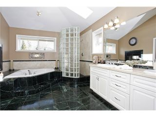 """Photo 12: 2148 138TH Street in Surrey: Elgin Chantrell House for sale in """"CHANTRELL PARK ESTATES"""" (South Surrey White Rock)  : MLS®# F1403788"""