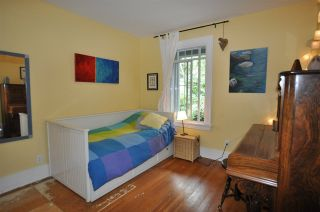 """Photo 9: 1607 E 14TH Avenue in Vancouver: Grandview VE House for sale in """"GRANDVIEW WOODLAND"""" (Vancouver East)  : MLS®# R2311671"""