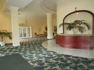 """Photo 12: 1402 1327 E KEITH Road in North Vancouver: Lynnmour Condo for sale in """"Carlton at the Club"""" : MLS®# R2309137"""