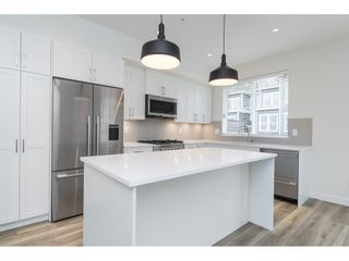 """Photo 11: 25 8370 202B Street in Langley: Willoughby Heights Townhouse for sale in """"Kensington Lofts"""" : MLS®# R2517142"""