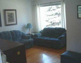 Photo 4: 364 HELMSDALE Avenue in Winnipeg: East Kildonan Single Family Detached for sale (North East Winnipeg)  : MLS®# 2506303