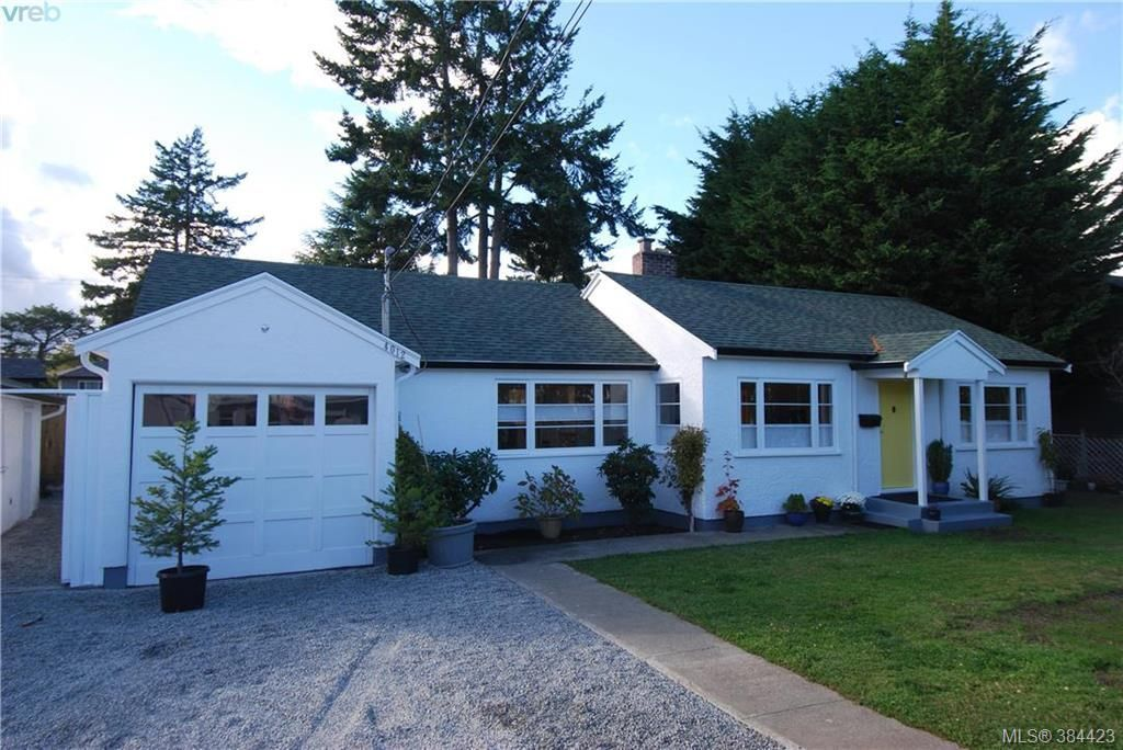 Main Photo: 4012 N Raymond St in VICTORIA: SW Glanford House for sale (Saanich West)  : MLS®# 772693