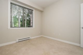 "Photo 15: 302 33898 PINE Street in Abbotsford: Central Abbotsford Condo for sale in ""Gallantree"" : MLS®# R2381999"