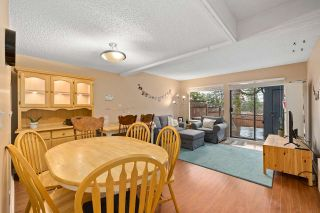 "Photo 8: 915 BRITTON Drive in Port Moody: North Shore Pt Moody Townhouse for sale in ""WOODSIDE VILLAGE"" : MLS®# R2554809"