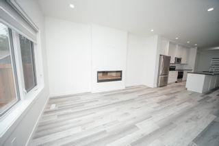 Photo 3: 10715 66 Avenue in Edmonton: Zone 15 House Half Duplex for sale : MLS®# E4255485