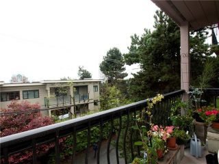 """Photo 2: 8 137 E 5TH Street in North Vancouver: Lower Lonsdale Condo for sale in """"Our House"""" : MLS®# V825636"""