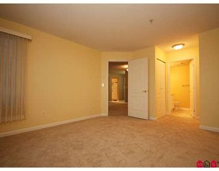 """Photo 7: 113 20894 57TH Avenue in Langley: Langley City Condo for sale in """"BAYBERRY LANE"""" : MLS®# F2833663"""