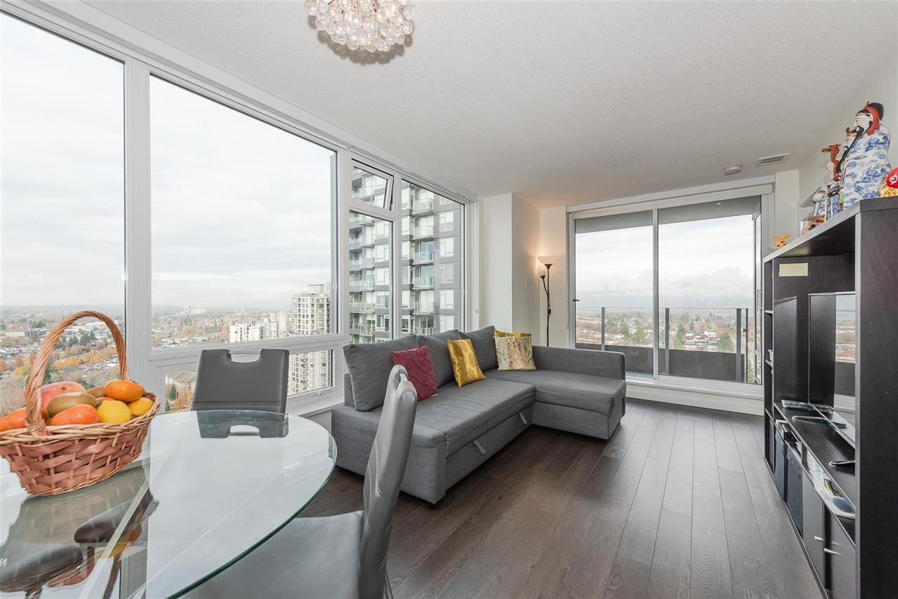 Main Photo: 2502 5515 BOUNDARY Road in Vancouver: Collingwood VE Condo for sale (Vancouver East)  : MLS®# R2589962