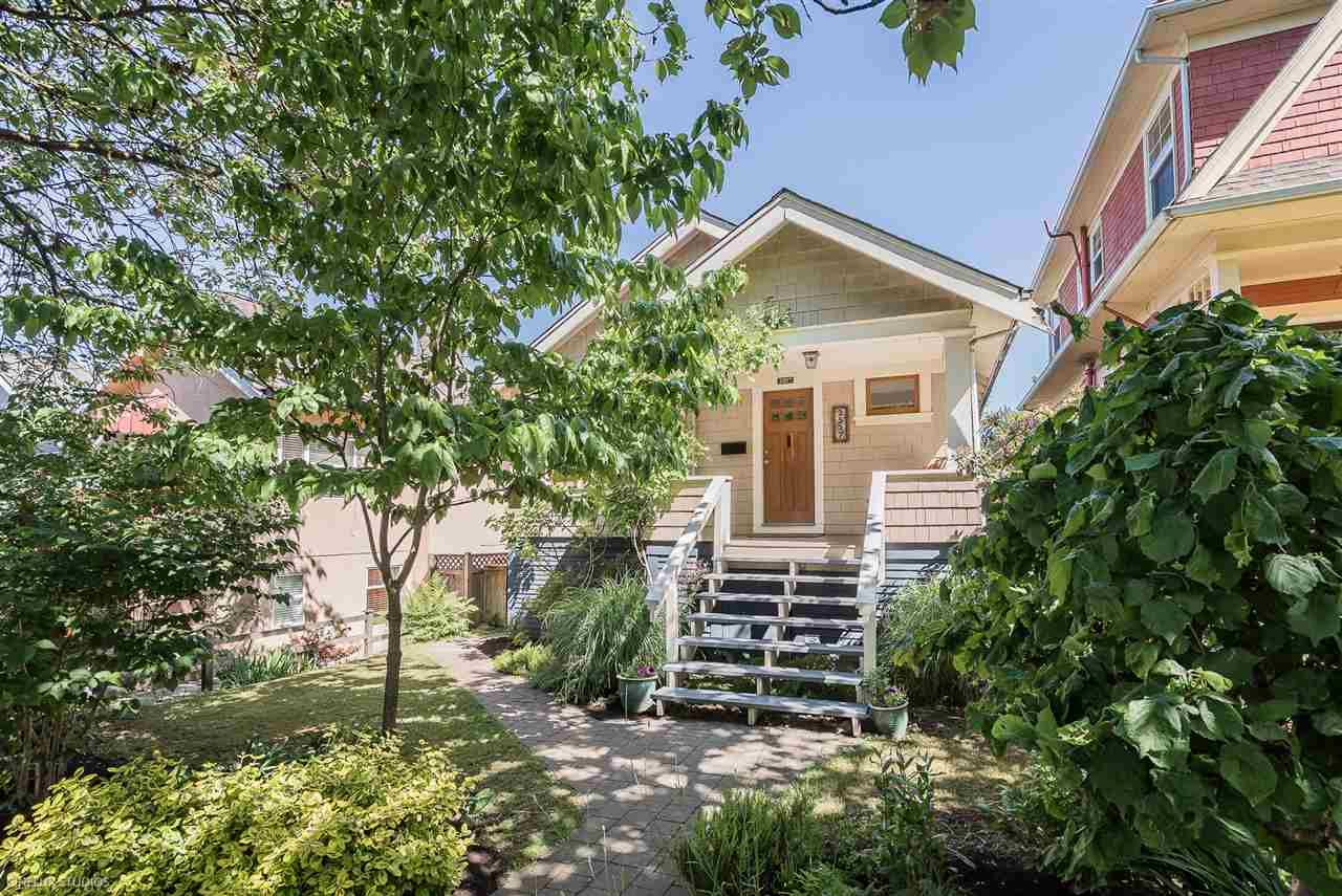 Main Photo: 2517 OXFORD STREET in : Hastings Sunrise House for sale (Vancouver East)  : MLS®# R2281241