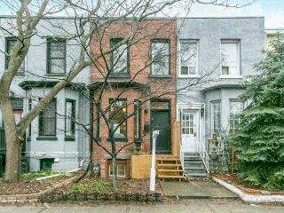 Photo 1: 164 Munro Street in Toronto: South Riverdale House (2-Storey) for sale (Toronto E01)  : MLS®# E4092812