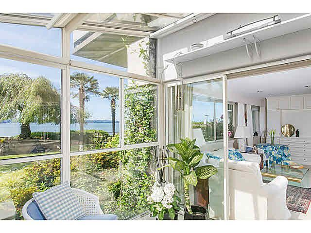 """Main Photo: M1 150 24TH Street in West Vancouver: Dundarave Condo for sale in """"SEASTRAND"""" : MLS®# V1129051"""