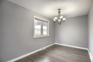 Photo 12: 32 Varcrest Place NW in Calgary: Varsity Detached for sale : MLS®# A1060707