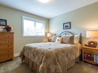 Photo 7: 6 1620 Piercy Ave in COURTENAY: CV Courtenay City Row/Townhouse for sale (Comox Valley)  : MLS®# 810581