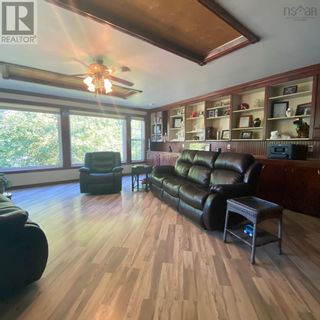 Photo 8: 55 Lake Shore Drive in West Clifford: Agriculture for sale : MLS®# 202122023