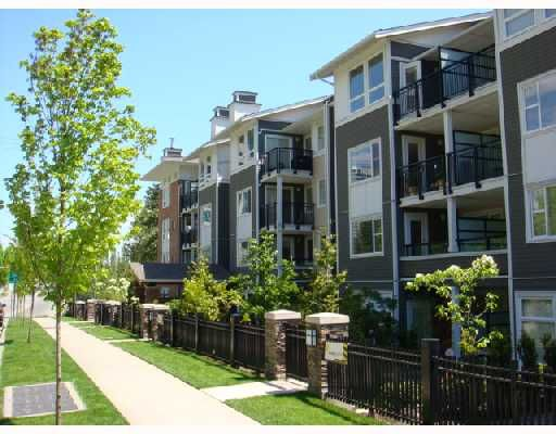 """Main Photo: 311 6888 SOUTHPOINT Drive in Burnaby: South Slope Condo for sale in """"The Cortina"""" (Burnaby South)  : MLS®# V711674"""