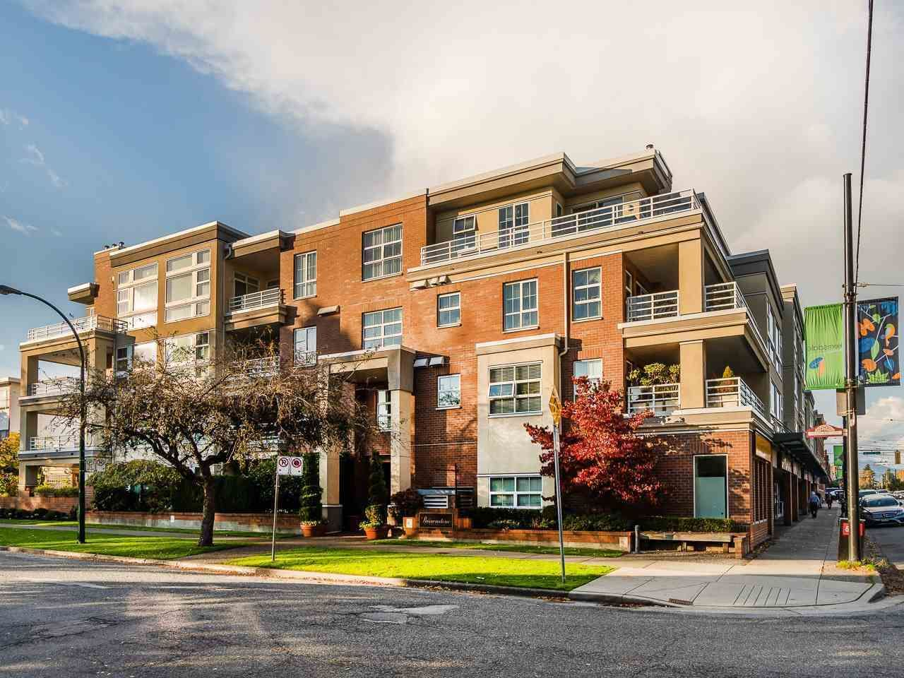 """Main Photo: 210 2105 W 42ND Avenue in Vancouver: Kerrisdale Condo for sale in """"BROWNSTONE"""" (Vancouver West)  : MLS®# R2582976"""