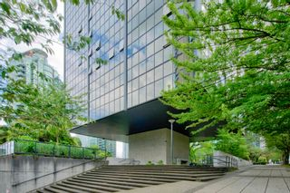 """Photo 17: 413 1333 W GEORGIA Street in Vancouver: Coal Harbour Condo for sale in """"Qube Building"""" (Vancouver West)  : MLS®# R2602829"""
