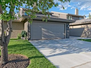 Photo 1: 51 1901 VARSITY ESTATES Drive NW in Calgary: Varsity House for sale : MLS®# C4121820