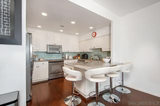 Photo 7: LA JOLLA Condo for sale : 3 bedrooms : 1001 Genter Street #5D