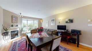 """Photo 9: 4 1261 MAIN Street in Squamish: Downtown SQ Townhouse for sale in """"SKYE - COASTAL VILLAGE"""" : MLS®# R2457475"""