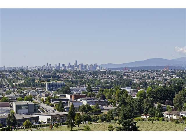 """Main Photo: 2301 4353 HALIFAX Street in Burnaby: Brentwood Park Condo for sale in """"BRENT GARDENS"""" (Burnaby North)  : MLS®# V906044"""