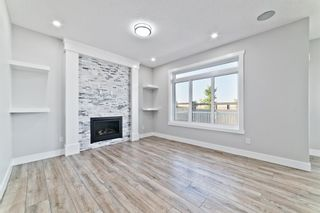 Photo 12: 110 Creekside Way SW in Calgary: C-168 Detached for sale : MLS®# A1144318