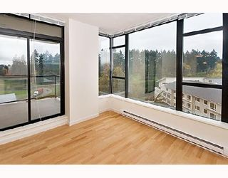Photo 4: 1101 15 E ROYAL Avenue in New_Westminster: Fraserview NW Condo for sale (New Westminster)  : MLS®# V677506