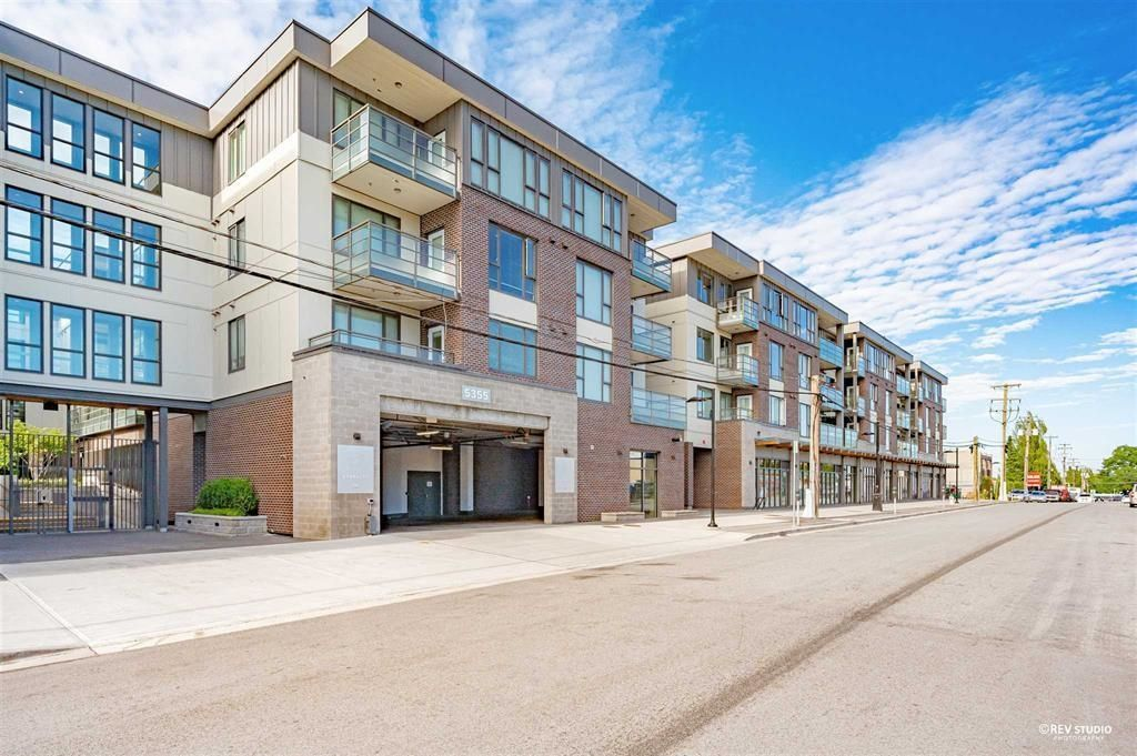Main Photo: 325 5355 LANE Street in Burnaby: Metrotown Condo for sale (Burnaby South)  : MLS®# R2614302