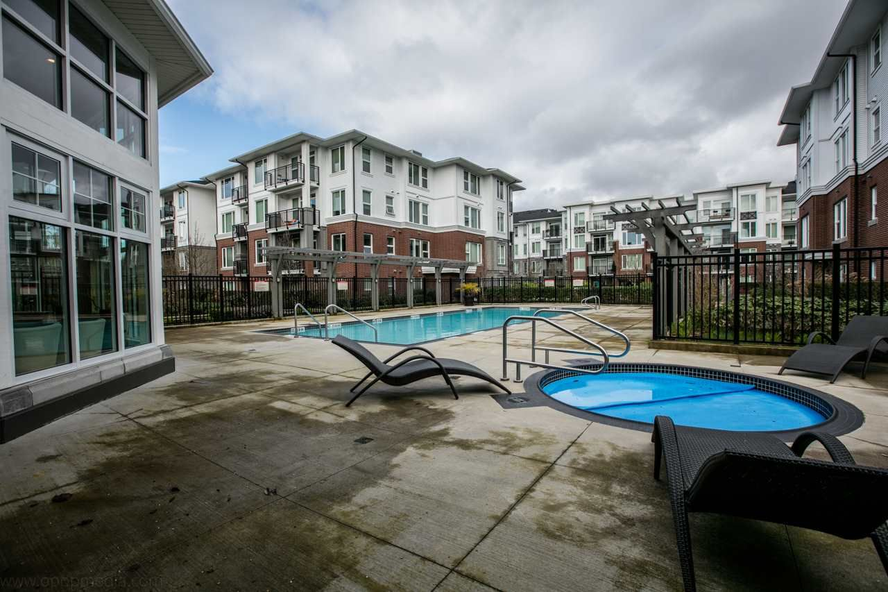 """Photo 18: Photos: 156 9388 MCKIM Way in Richmond: West Cambie Condo for sale in """"MAYFAIR PLACE"""" : MLS®# R2040447"""