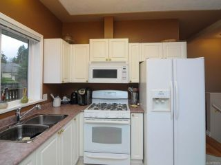 Photo 15: 201 2727 1st St in COURTENAY: CV Courtenay City Row/Townhouse for sale (Comox Valley)  : MLS®# 716740