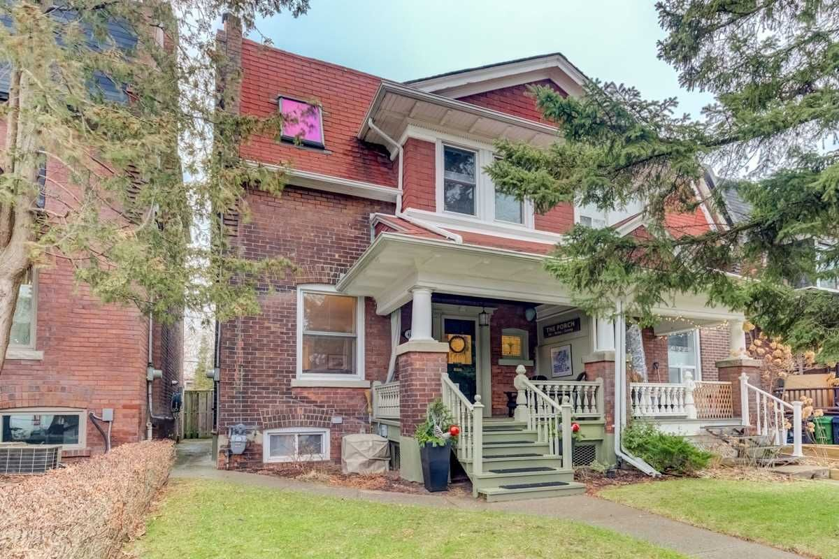 Main Photo: 63 Herbert Ave in Toronto: The Beaches Freehold for sale (Toronto E02)  : MLS®# E4667407