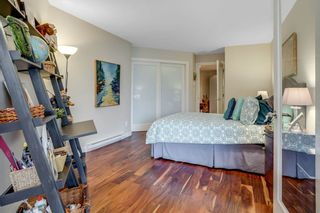 """Photo 18: 209 1490 PENNYFARTHING Drive in Vancouver: False Creek Condo for sale in """"Harbour Cove 3"""" (Vancouver West)  : MLS®# R2560559"""