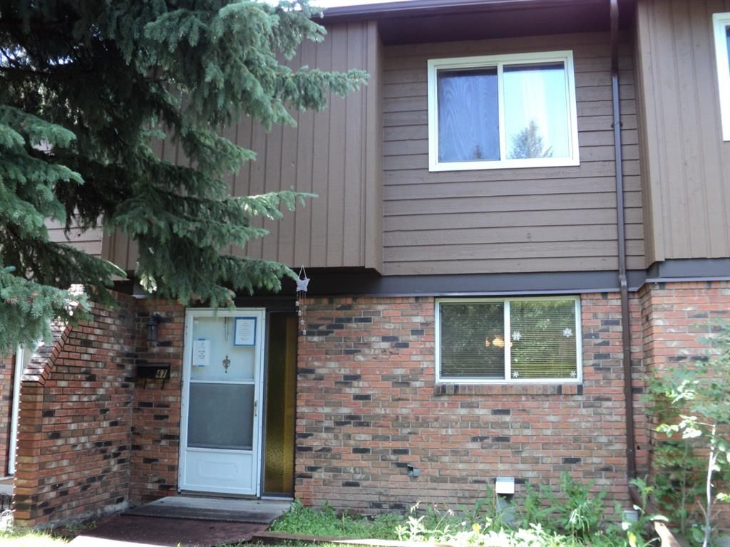 Main Photo: 47 287 Southampton Drive SW in Calgary: Southwood Row/Townhouse for sale : MLS®# A1149706