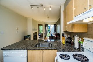 Photo 17: 305 3278 HEATHER STREET in Vancouver: Cambie Condo for sale ()  : MLS®# R2077135