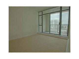 Photo 7: # 709 6888 ALDERBRIDGE WY in Richmond: Brighouse Condo for sale : MLS®# V1066873