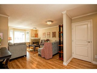 """Photo 2: 653 ST ANDREWS Avenue in North Vancouver: Lower Lonsdale Townhouse for sale in """"Charlton Court"""" : MLS®# V998570"""