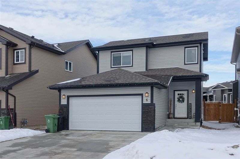 FEATURED LISTING: 6 REDDING Way Fort Saskatchewan
