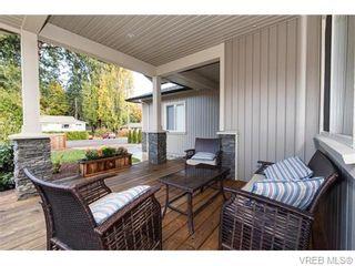 Photo 1: 2566 Selwyn Rd in VICTORIA: La Mill Hill Half Duplex for sale (Langford)  : MLS®# 744883