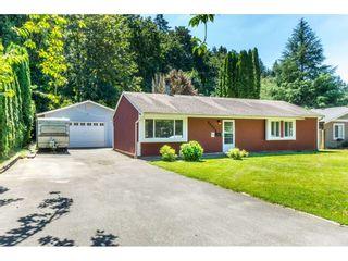 Photo 1: 34824 LABURNUM Avenue in Abbotsford: Abbotsford East House for sale : MLS®# R2288832