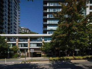 "Photo 2: 1302 158 W 13TH Street in North Vancouver: Central Lonsdale Condo for sale in ""VISTA PLACE"" : MLS®# R2497537"