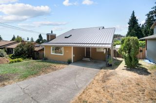Photo 2: 527 Bunker Rd in : Co Latoria House for sale (Colwood)  : MLS®# 881736