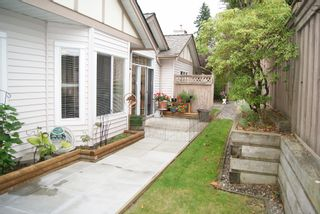 "Photo 15: 18 16325 82ND Avenue in Surrey: Fleetwood Tynehead Townhouse for sale in ""HAMPTON WOODS"" : MLS®# F1424509"