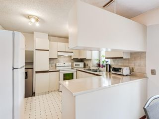 Photo 12: 64 Sanderling Hill in Calgary: Sandstone Valley Detached for sale : MLS®# A1090715