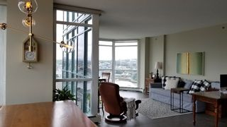 "Photo 17: 2305 289 DRAKE Street in Vancouver: Yaletown Condo for sale in ""Parkview Tower"" (Vancouver West)  : MLS®# R2474157"