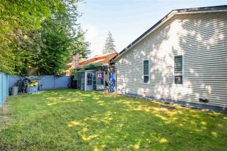 """Photo 30: 15667 101 Avenue in Surrey: Guildford House for sale in """"Somerset"""" (North Surrey)  : MLS®# R2481951"""