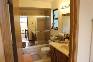 "Photo 7: 6565 WADE Road in Delta: Sunshine Hills Woods House for sale in ""Sunshine Hills Woods"" (N. Delta)  : MLS®# R2081121"