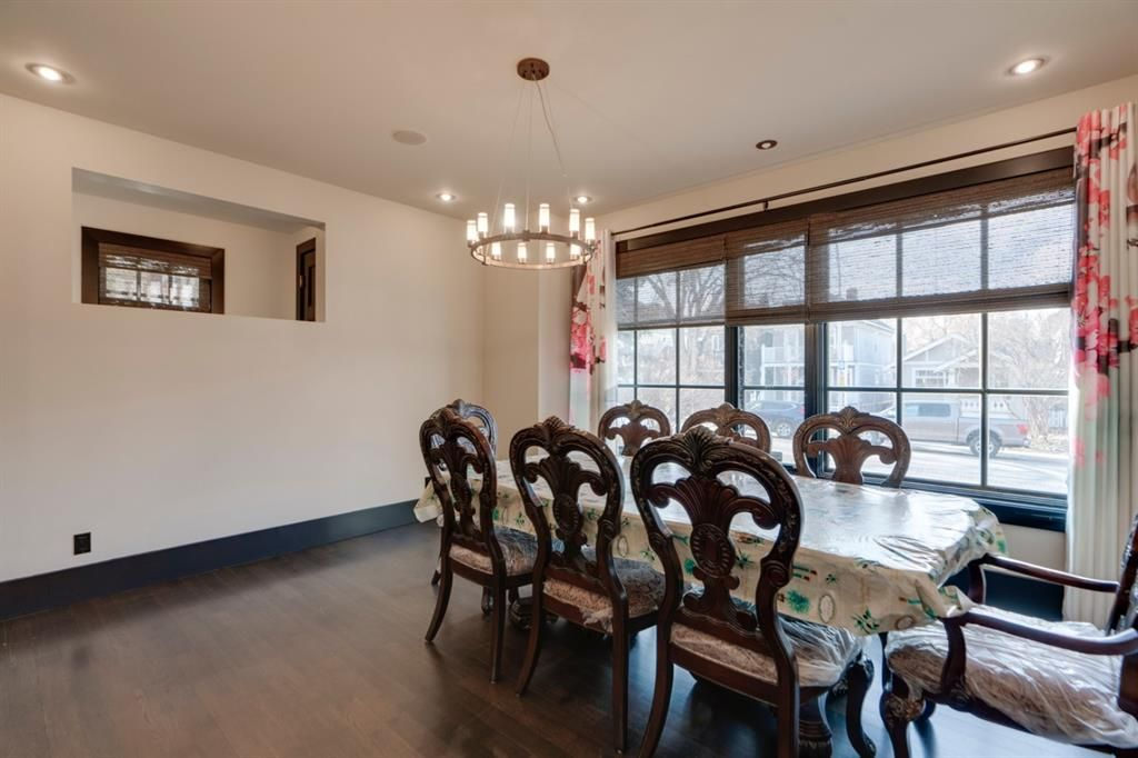 Photo 3: Photos: 610 22 Avenue SW in Calgary: Cliff Bungalow Semi Detached for sale : MLS®# A1094360
