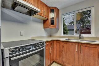 """Photo 3: 37 21555 DEWDNEY TRUNK Road in Maple Ridge: West Central Townhouse for sale in """"Richmond Court"""" : MLS®# R2611376"""