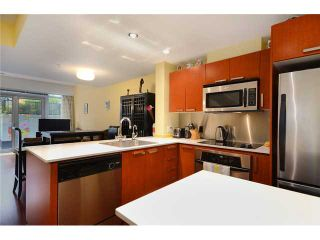 Photo 3: 1233 Seymour Street in Vancouver: Downtown VW Condo for sale (Vancouver West)  : MLS®# V1042541
