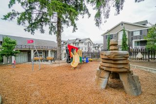 """Photo 27: 8 14377 60 Avenue in Surrey: Sullivan Station Townhouse for sale in """"BLUME"""" : MLS®# R2614903"""